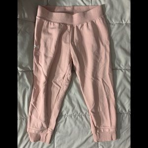 Under Armour women's pink Capri crop sweatpants